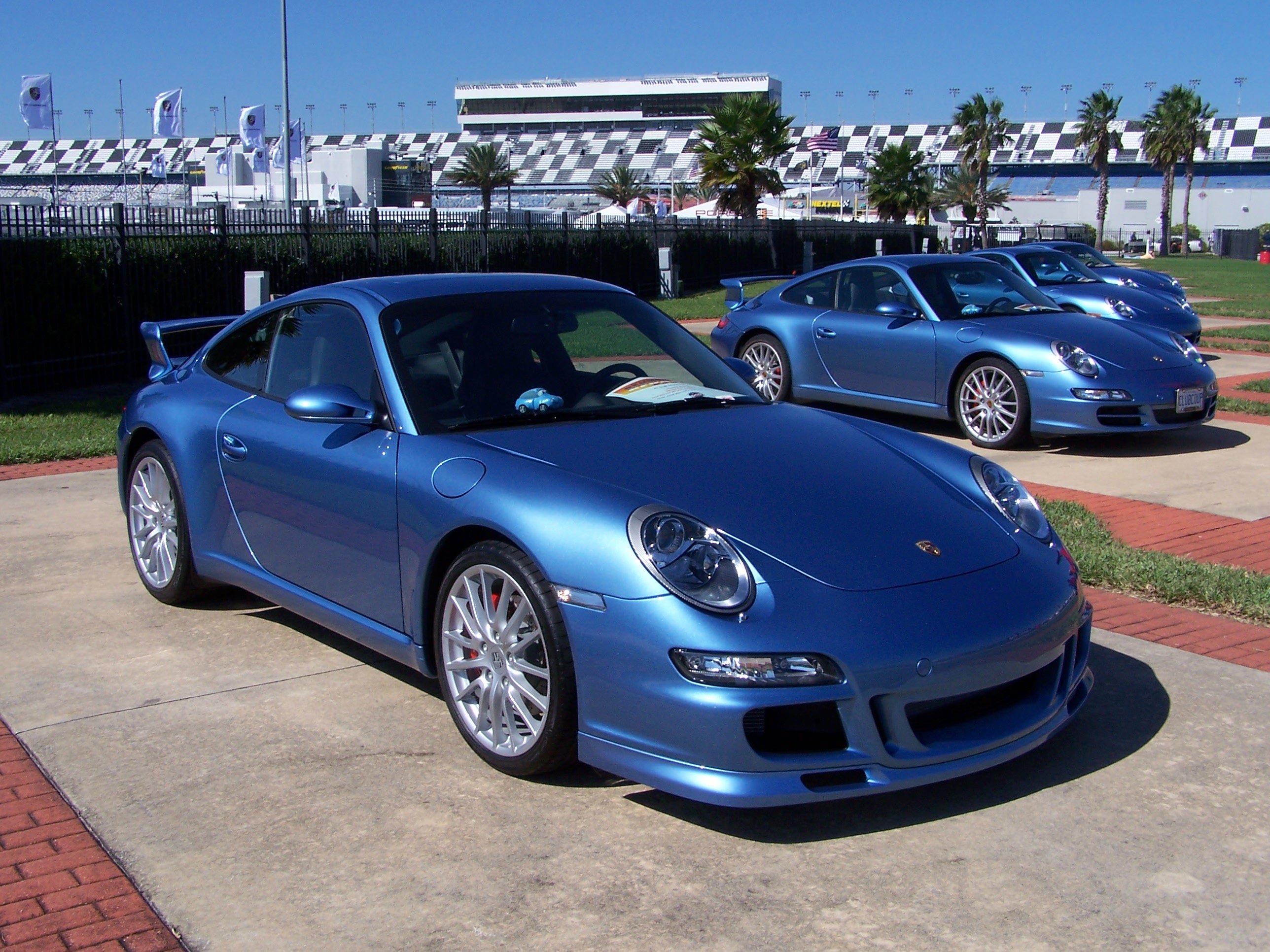 2006 Porsche Club Coupes In Azzuro California Blue