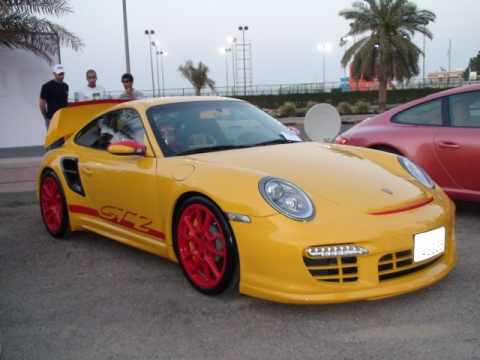porsche gt2 in speed yellow with red wheels and graphics. Black Bedroom Furniture Sets. Home Design Ideas