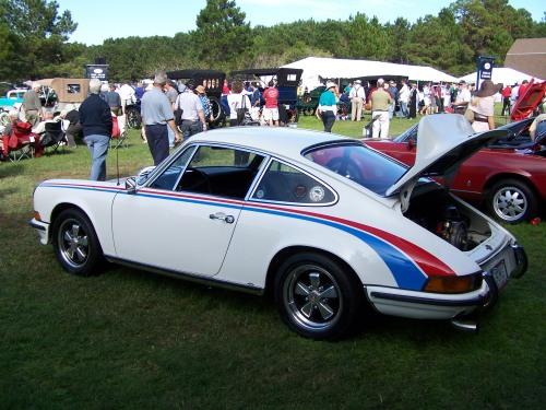 1973 porsche 911 t with brumos livery