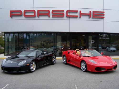 Porsche Carrera GT and Ferrari F430 Spider