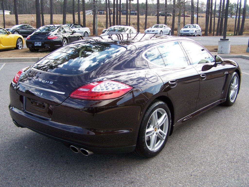 2010 porsche panamera s in mahogany metallic with cognac interior porschebahn weblog. Black Bedroom Furniture Sets. Home Design Ideas