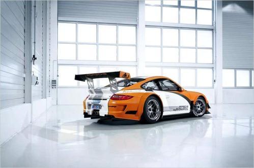 PORSCHE GT3 HYBRID