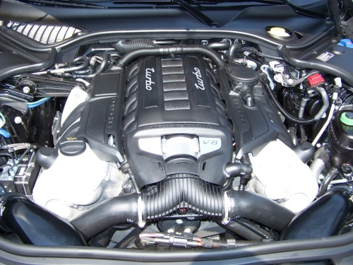 2010 Porsche Panamera Turbo engine