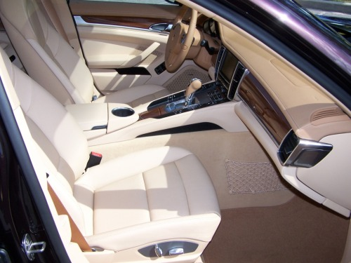 Porsche Cognac and Cedar two-tone interior