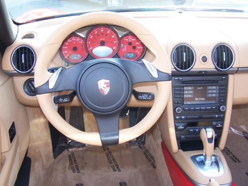 2011 Porsche Boxster, Guards Red, Red Gauges