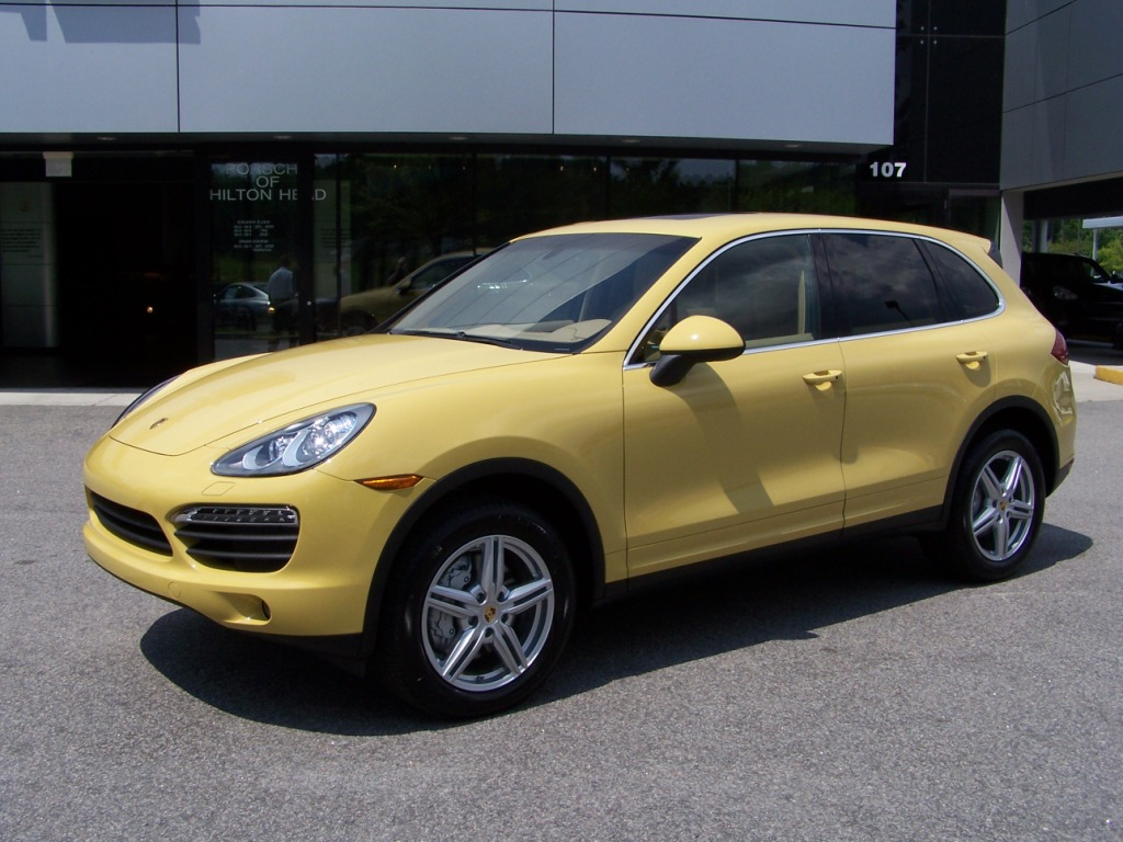 2011 Porsche Cayenne S In Sand Yellow With Sand Beige Interior Porschebahn Weblog