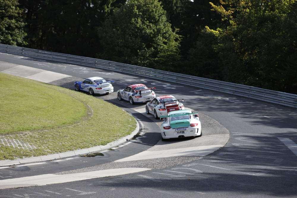 Porsche Carrera World Cup On The N 252 Rburgring Porschebahn